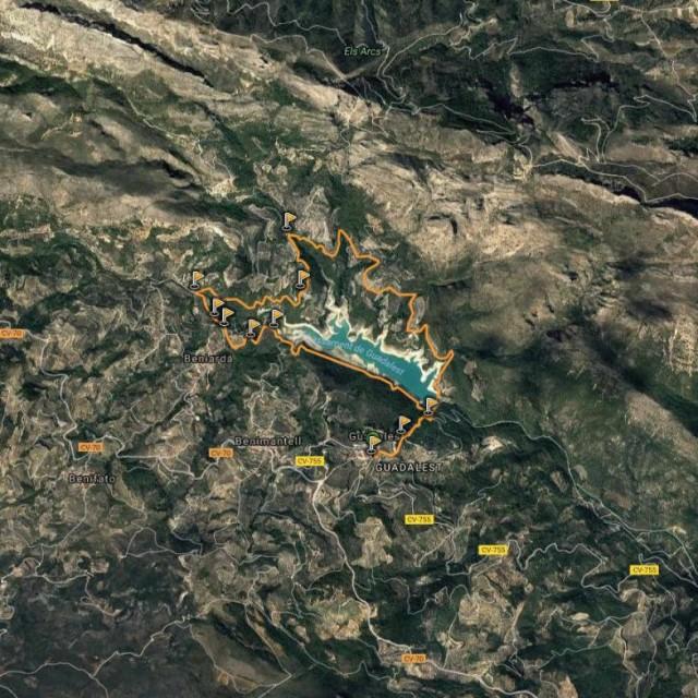 Senderismo en Alicante: Vuelta al Embalse de Guadalest desde Cases Noves