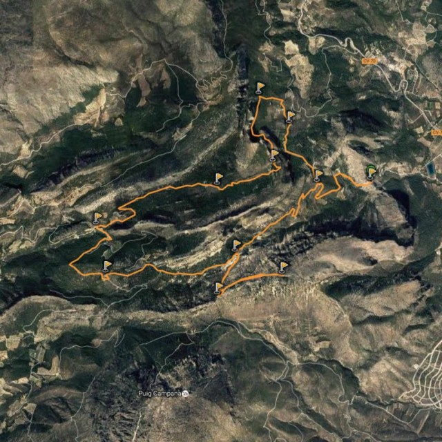 Senderismo en Alicante: Monte Ponoch, El Sanxet y El Salt (Sierra de Aitana)